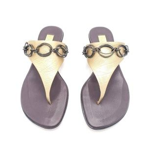 Bernardo Womens Thong Sandals Gold Chain 6